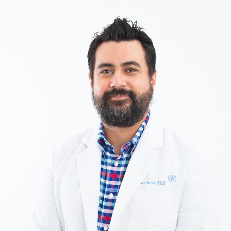 Dr. Felipe Martinez