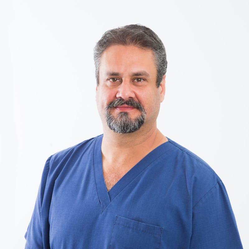 Dr. Fernando Marquez
